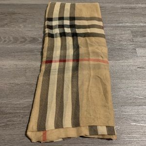 Burberry London thin scarf